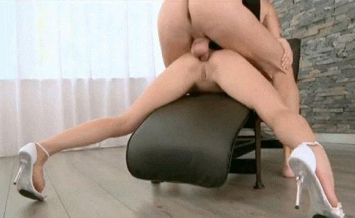 Hammering her butthole - assgifs.com