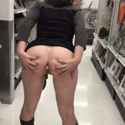 Naughty girlfriend flashes her Butt at a public store